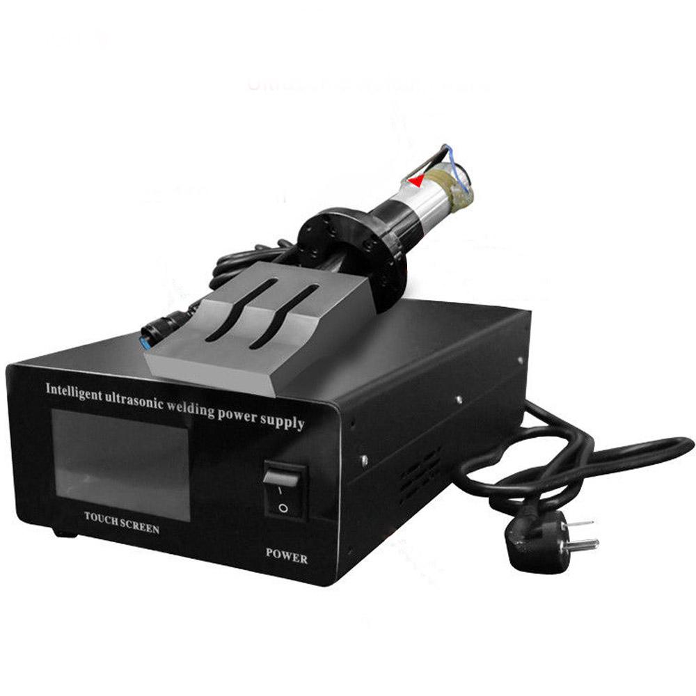 Ultrasonic Yapıştırıcı Kaynak Makinesi Dokunmatik Ekran 20Khz 2000W Süper Hızlı